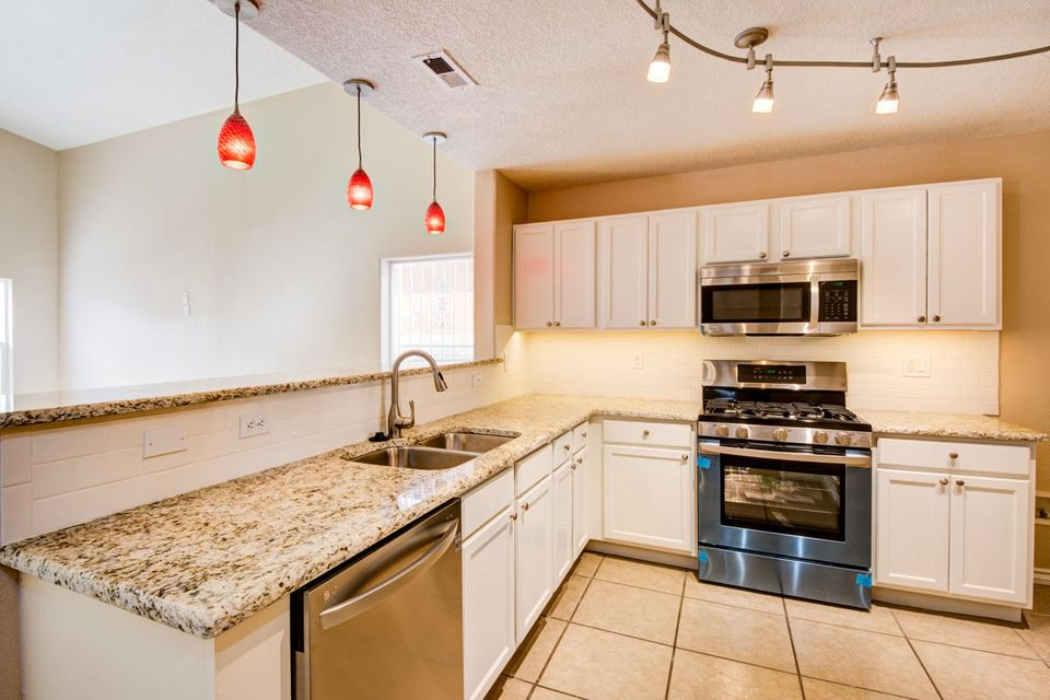 10320 Sandy Flats Avenue SW, Albuquerque, NM 87121