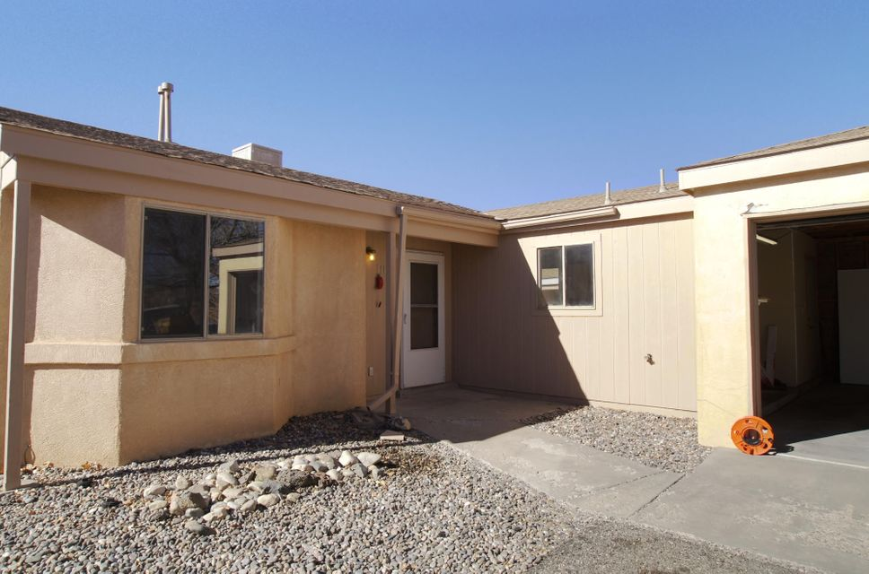 1164 Mara Way NE, Rio Rancho, NM 87144