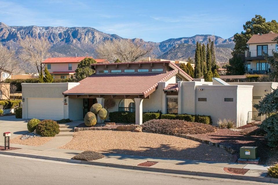 5012 Larchmont Drive NE, Albuquerque, NM 87111
