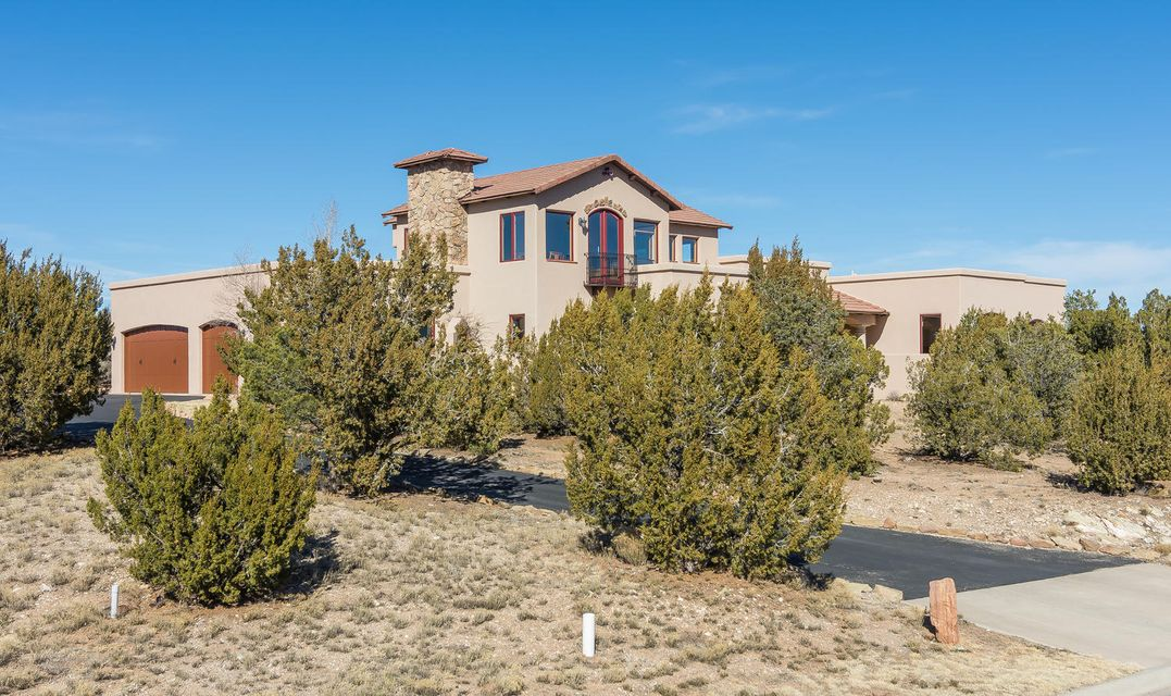 46 Raindance Road, Sandia Park, NM 87047