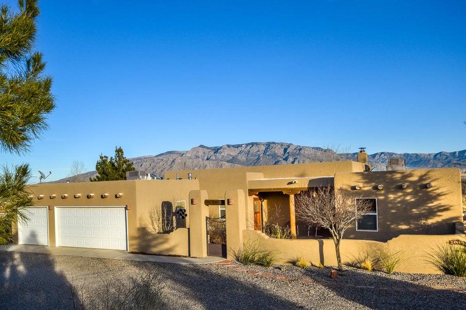 244 Western Mesa Road, Corrales, NM 87048