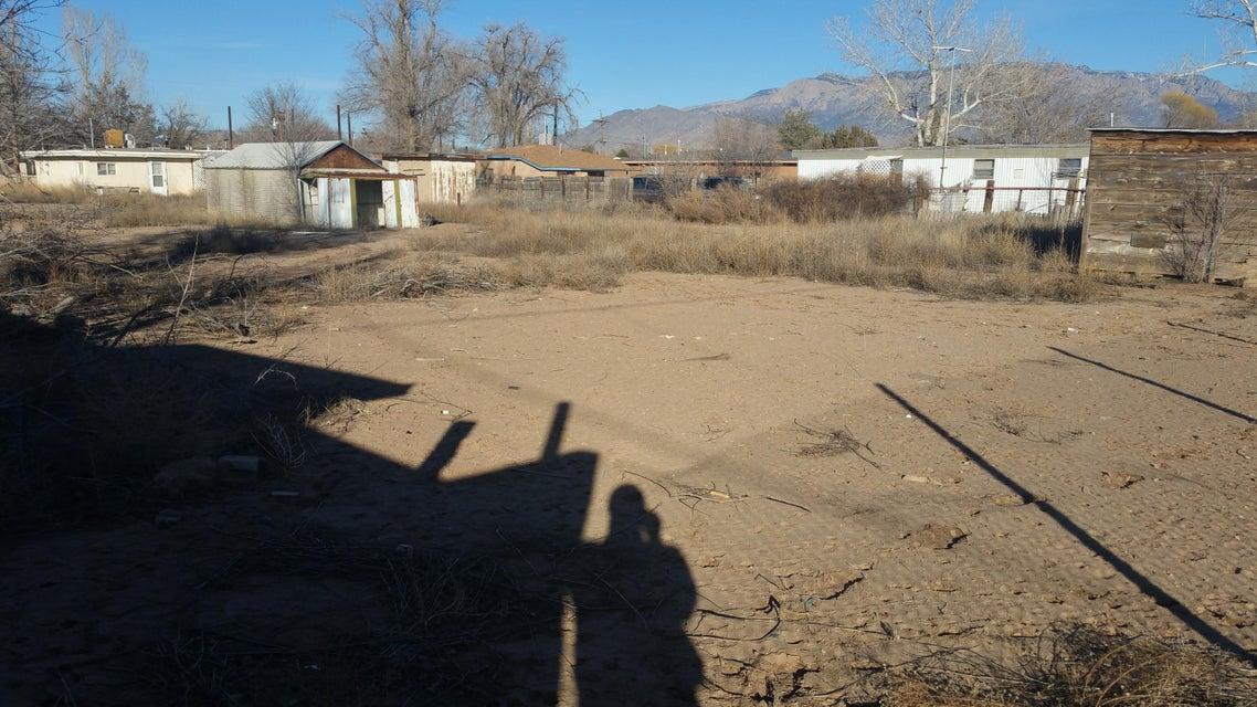 130 Ranchitos Road NW, Albuquerque, NM 87114