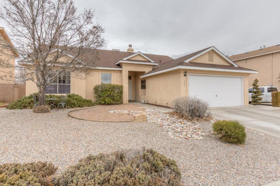 7001 Luz Del Sol,Albuquerque,New Mexico,United States 87114,3 Bedrooms Bedrooms,2 BathroomsBathrooms,Residential,Luz Del Sol,884050