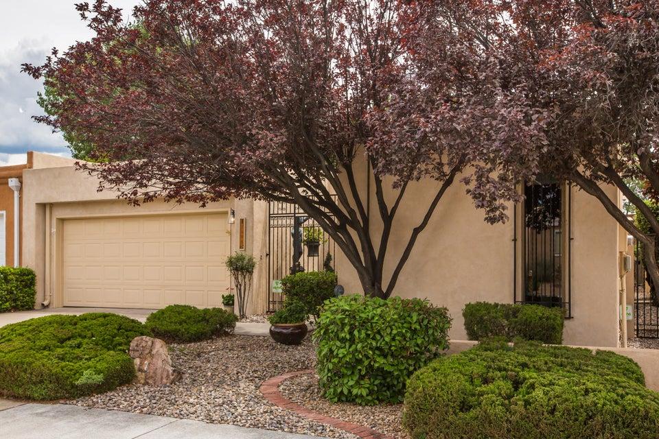 7504 Tamarron Place NE, Albuquerque, NM 87109