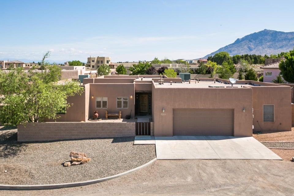 7501 Beverly Hills Avenue NE, Albuquerque, NM 87113