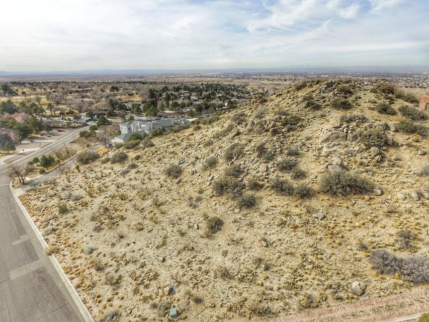 1215 Hideaway Lane SE, Albuquerque, NM 87123