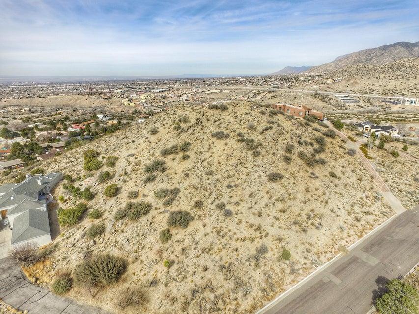 1217 Hideaway Lane SE, Albuquerque, NM 87123