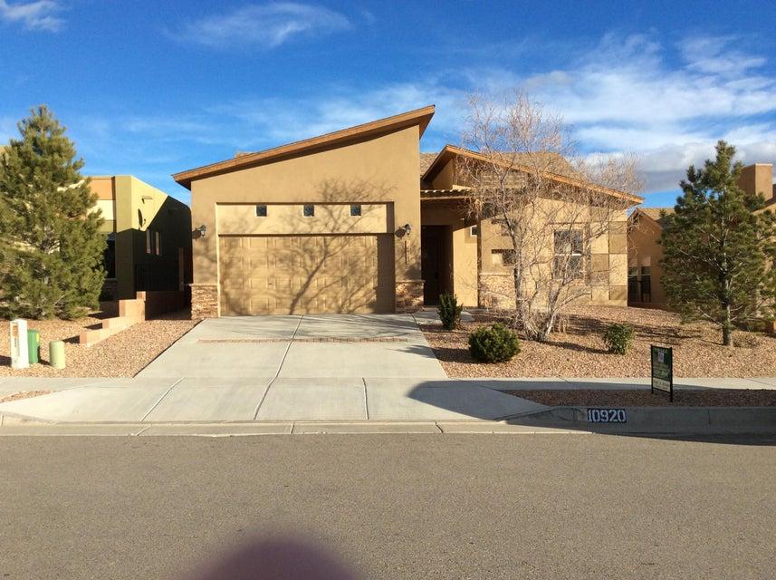 10920 Saltillo Street NW, Albuquerque, NM 87114