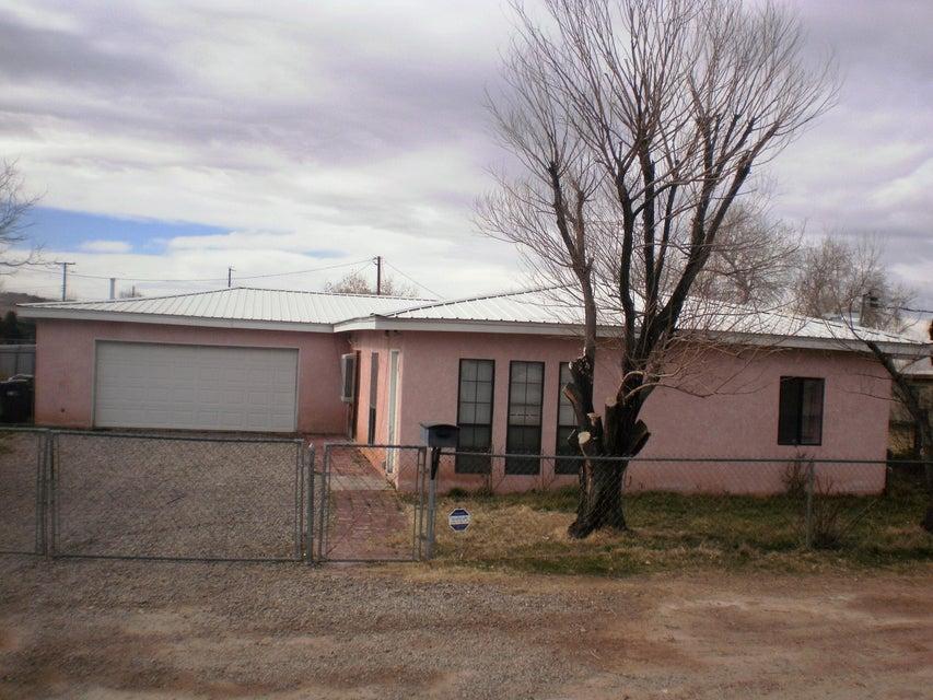 845 S 1St Street, Belen, NM 87002