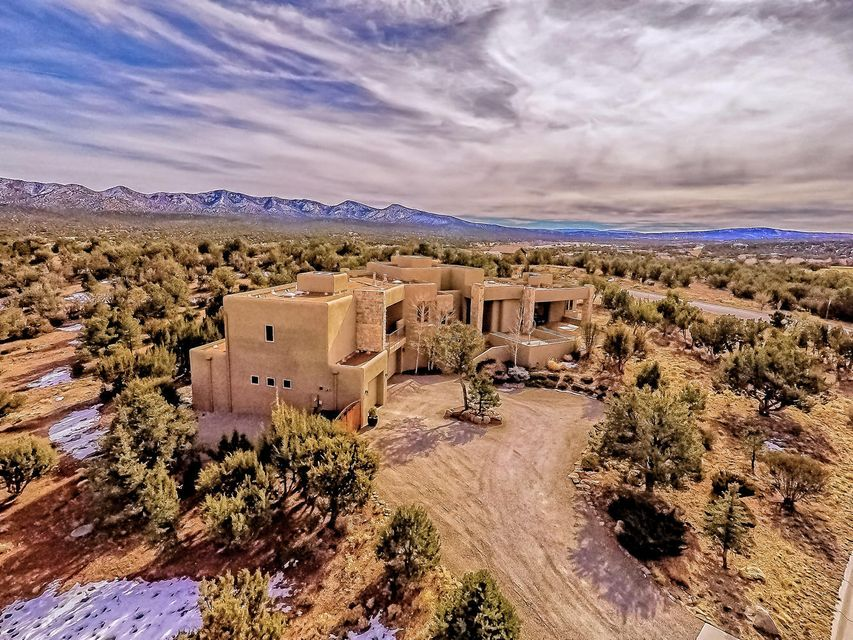 2 Blue Corn Court, Sandia Park, NM 87047