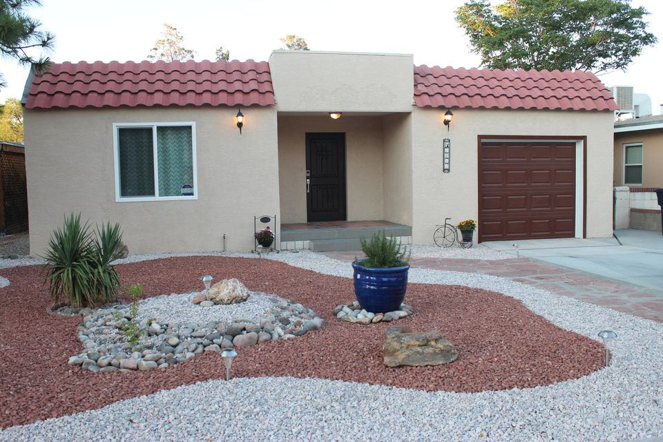 1712 Ross Place SE, Albuquerque, NM 87108