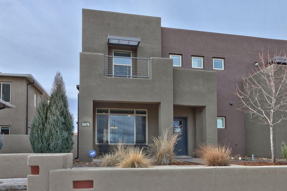 5675 University Boulevard SE, Albuquerque, NM 87106