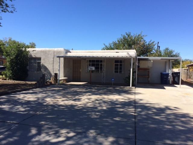 2109 Valencia Drive NE, Albuquerque, NM 87110