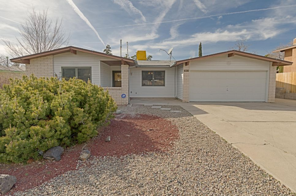 3713 Tracy NE, Albuquerque, NM 87111