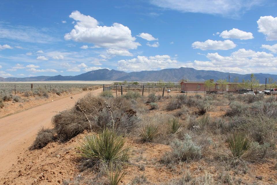 Fence Rd & Dirt Road, Los Lunas, NM 87031