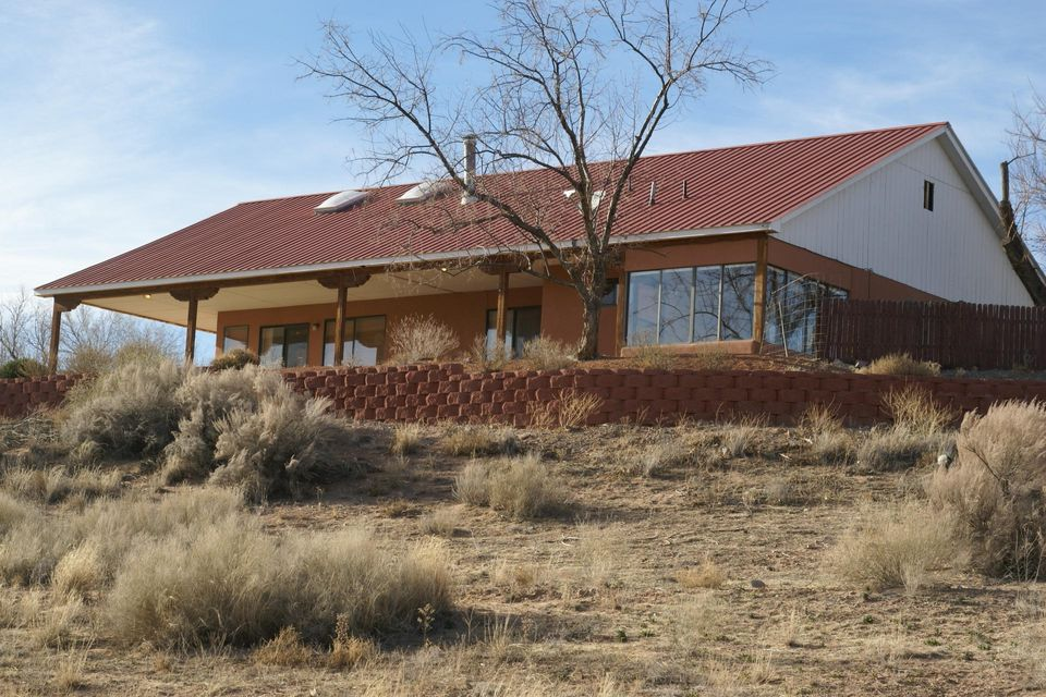 320 Nazcon Court, Bernalillo, NM 87004