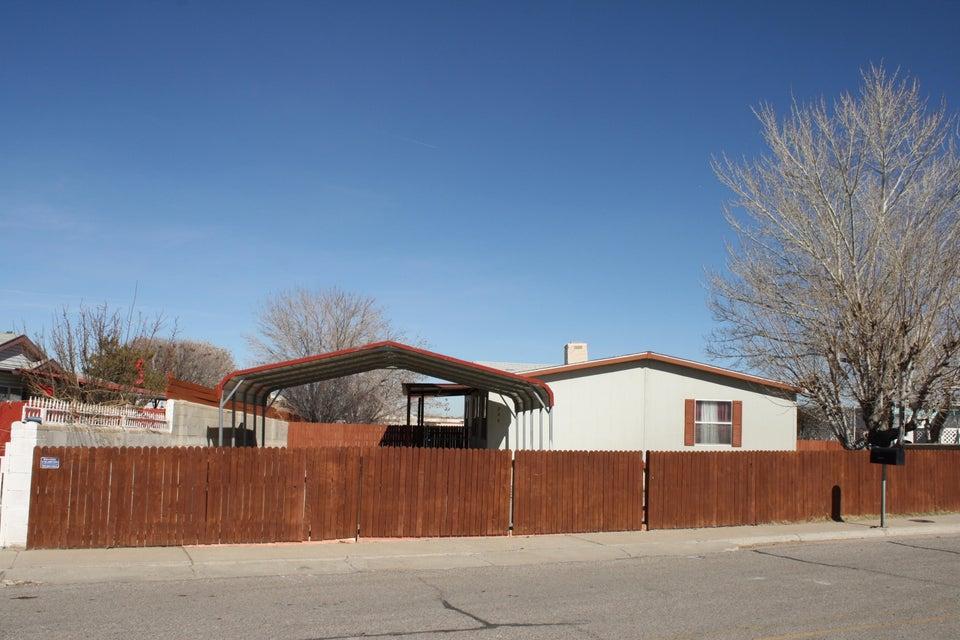224 Longbow Loop SW, Los Lunas, NM 87031
