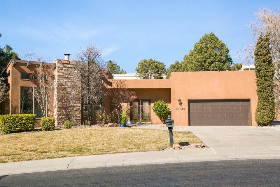 9924 Tanoan Drive NE, Albuquerque, NM 87111