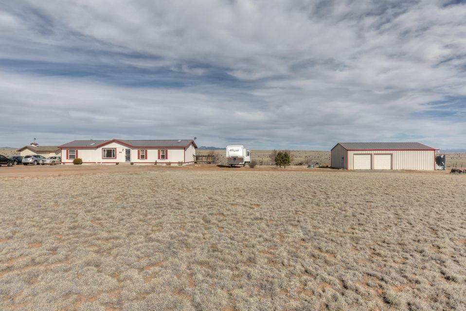 309 Thompson Road, Edgewood, NM 87015