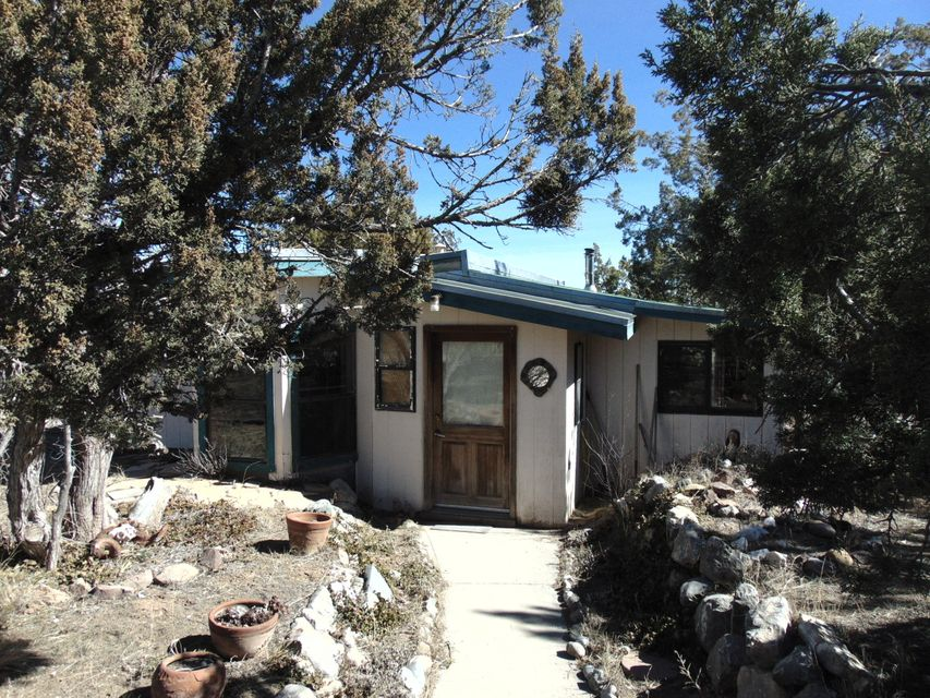 26 Park Road, Edgewood, NM 87015