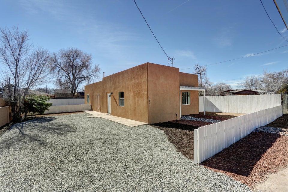 1106 Mildred Avenue NW, Albuquerque, NM 87107