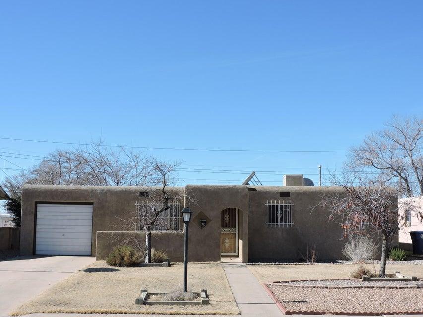 3313 Alvarado Drive NE, Albuquerque, NM 87110