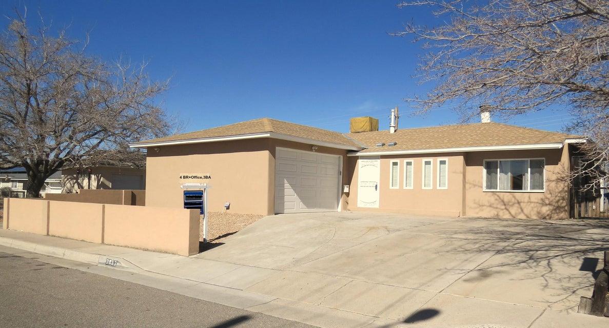 3813 Douglas Macarthur Road NE, Albuquerque, NM 87110