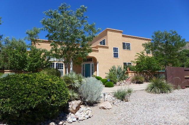4306 Glenwood Hills Drive NE, Albuquerque, NM 87111