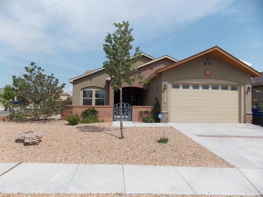 11032 Del Carmen Street NW, Albuquerque, NM 87114
