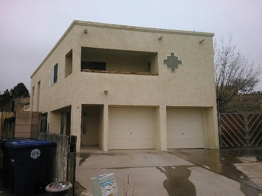 327 Pinon Creek Trail SE, Albuquerque, NM 87123