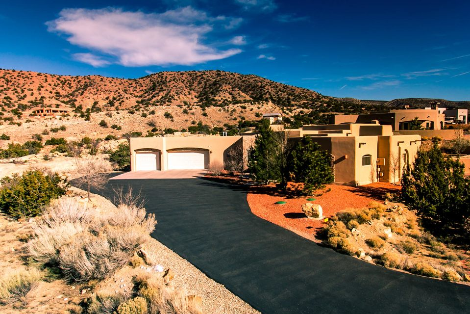 10 La Entrada, Placitas, NM 87043