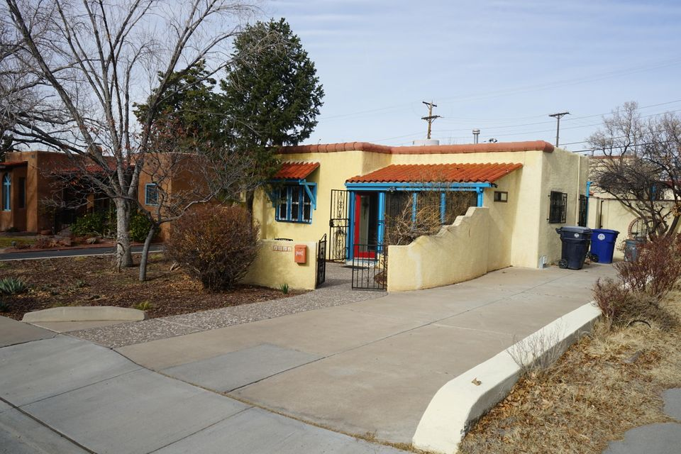 1021 Roma Avenue NE, Albuquerque, NM 87106