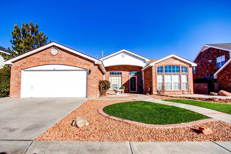 4305 Rosecliff Avenue NW, Albuquerque, NM 87114