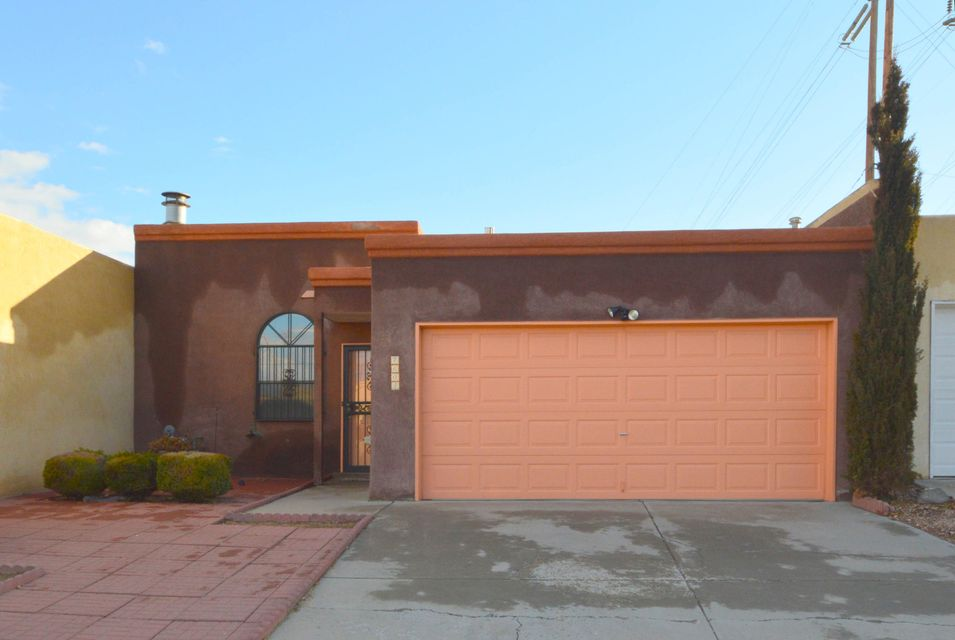 7604 Cleghorn Court NW, Albuquerque, NM 87120