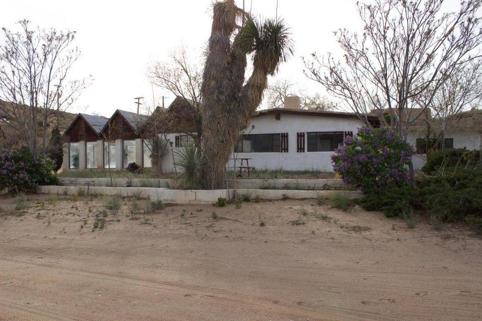 1644 Coronado Road NW, Corrales, NM 87048