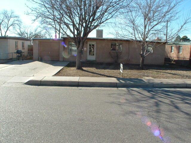 1313 Field Drive NE, Albuquerque, NM 87112