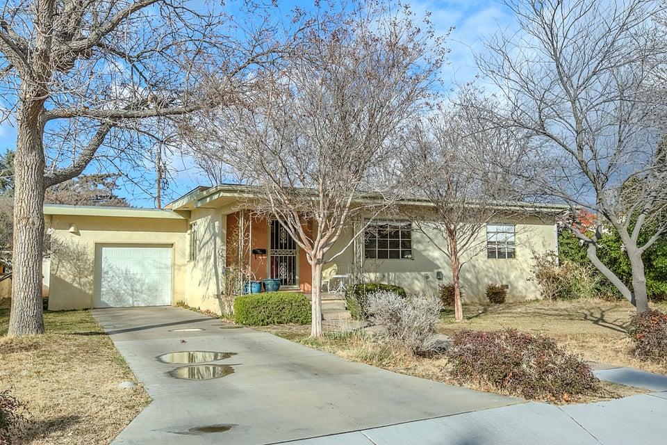 4233 Broadmoor Avenue NE, Albuquerque, NM 87108