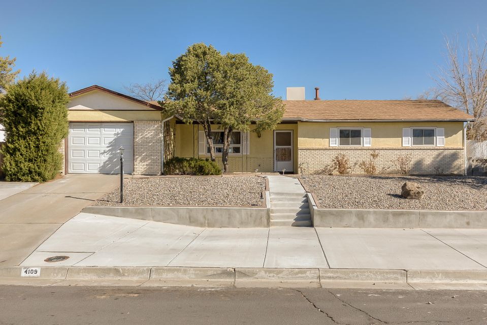 4109 La Colorada Court SE, Rio Rancho, NM 87124