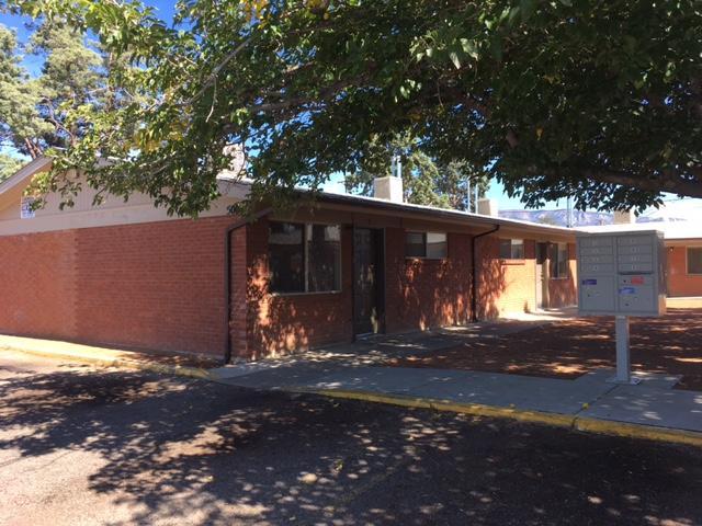 517/521 E Indiana Street SE, Albuquerque, NM 87108