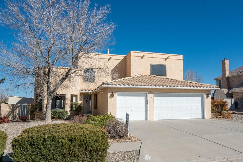 10516 Vista Del Sol Drive NW, Albuquerque, NM 87114