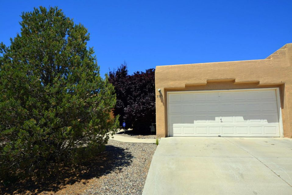 3323 Schumacher Street NW, Albuquerque, NM 87120
