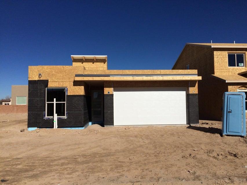 5935 Mafraq Avenue NW, Albuquerque, NM 87114