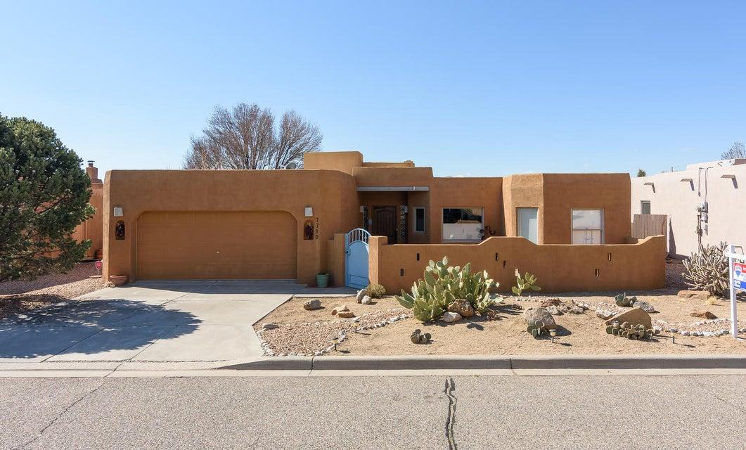 7710 Cedar Canyon Place NE, Albuquerque, NM 87122