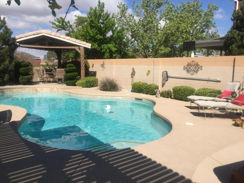 8623 Claridge Place NW, Albuquerque, NM 87114