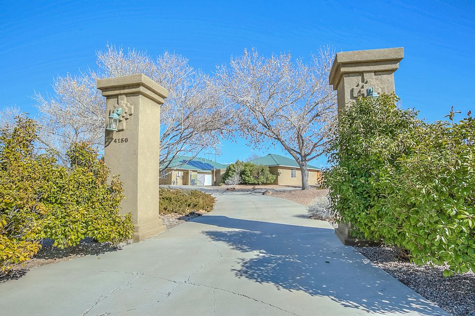 4150 Rancho Bonito NW # B, Albuquerque, NM 87120