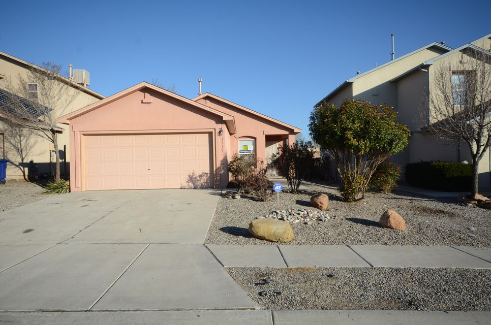 9715 Desert Pine Avenue SW, Albuquerque, NM 87121