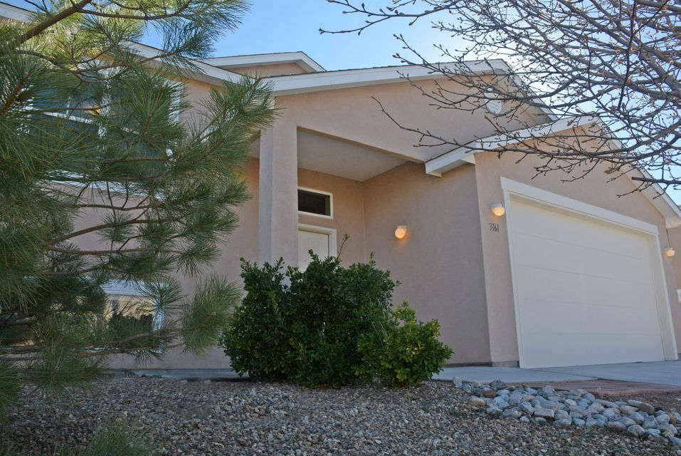 3161 Clear Sky Street SW, Los Lunas, NM 87031