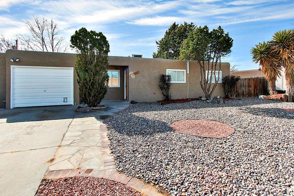 5720 Alegria Road NW, Albuquerque, NM 87114