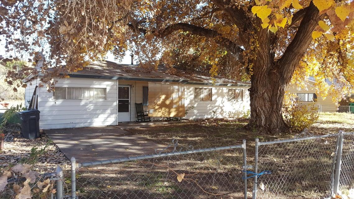 6316 Howe Drive SW, Albuquerque, NM 87105