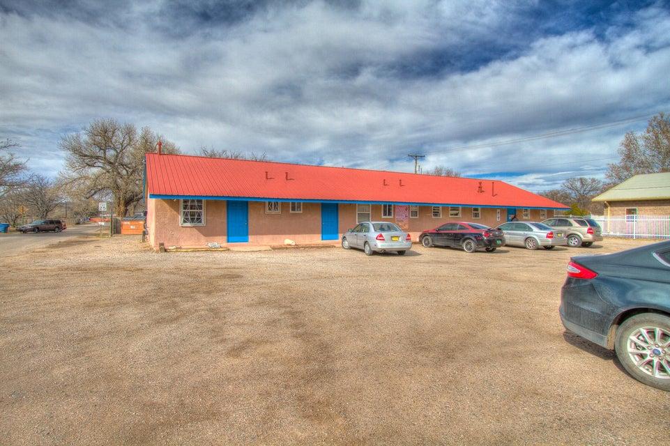 2050 Main Street NE, Los Lunas, NM 87031